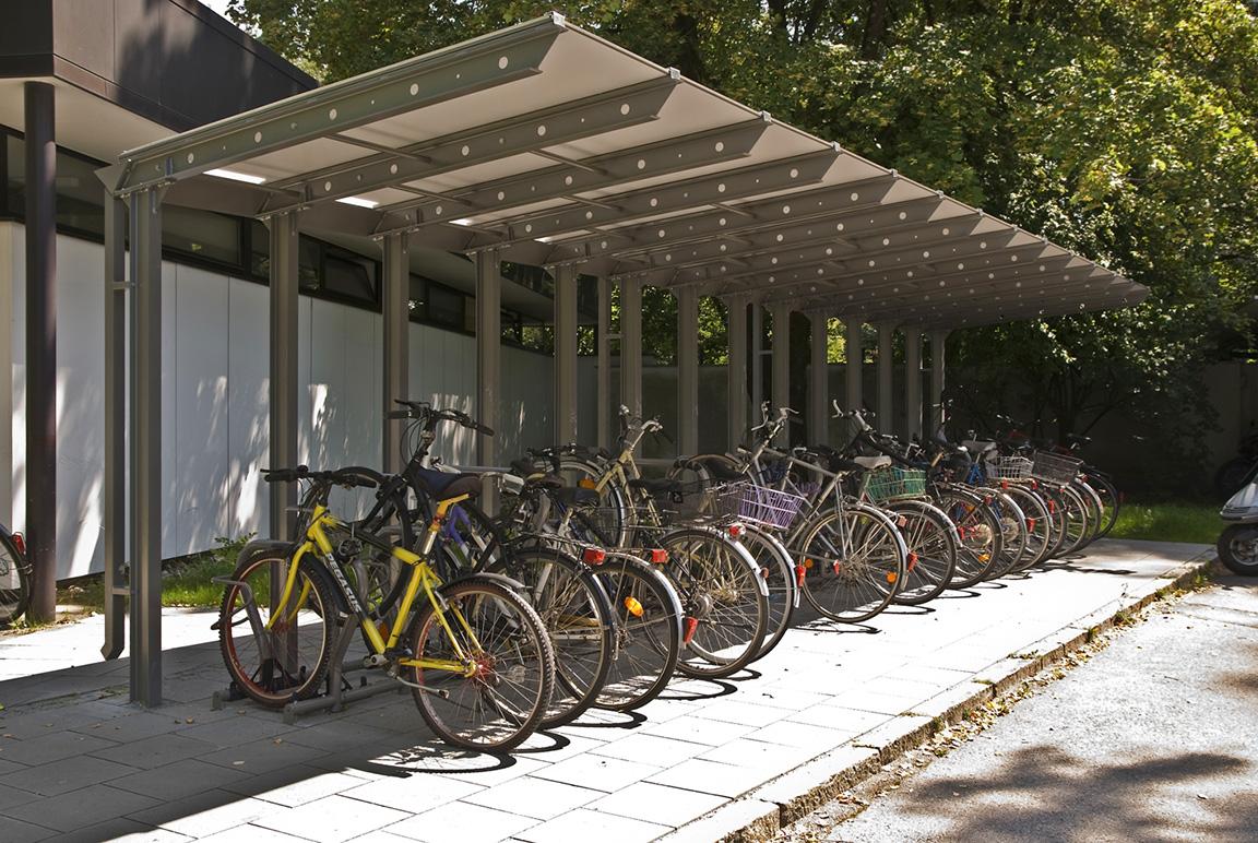 Riparo esterno per biciclette