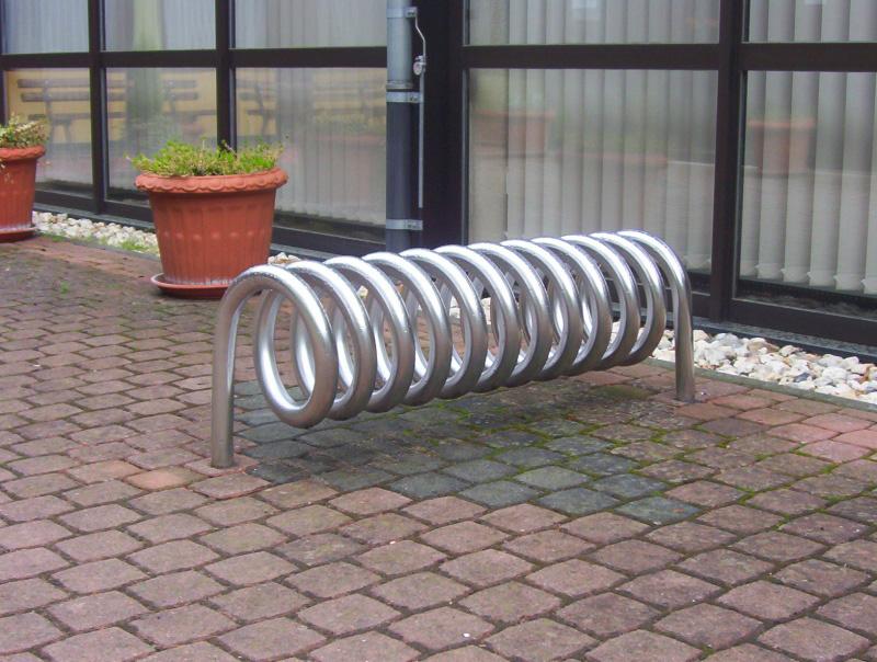 Omega sistema di parcheggio per biciclette
